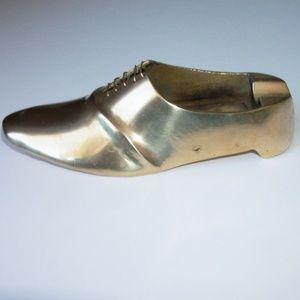 Vintage brass shoe ash tray (#EV647)